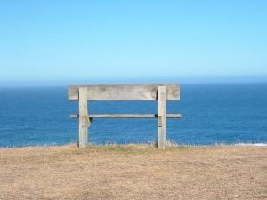 Rest_bench_beach