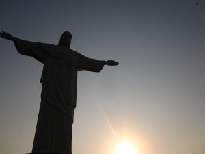 jesus_Rio__statue