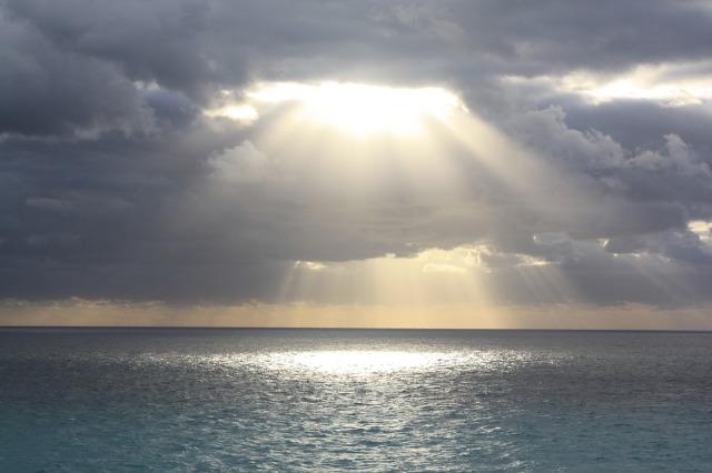 sunlight_ocean