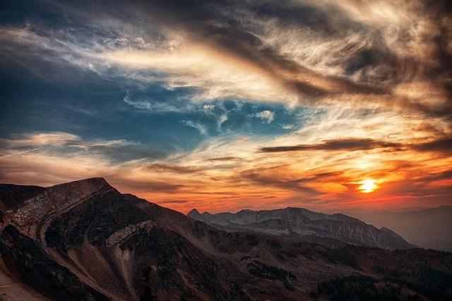 utah_mountain_sun