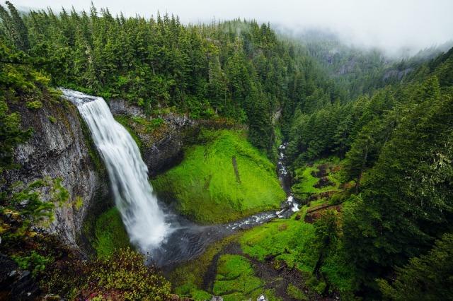 waterfall_green