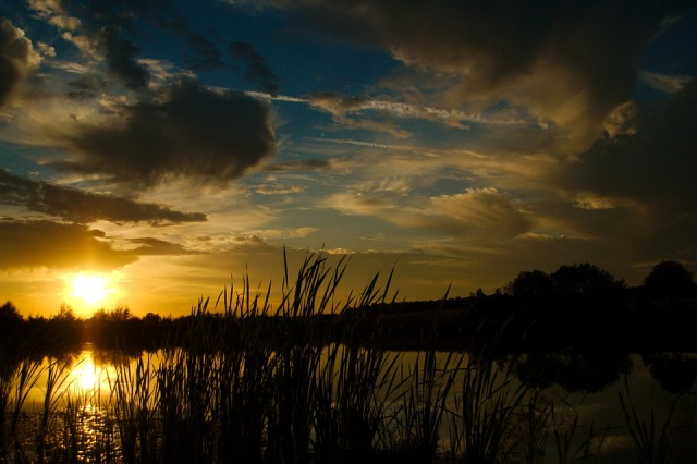 sunset_lake_sky