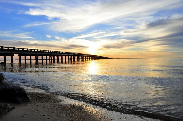 bridge_beach_sunset