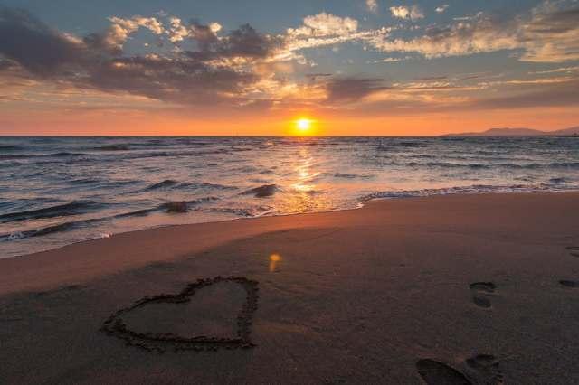 beach_sun_heart