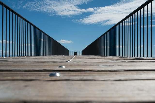 boardwalk_fence_sky