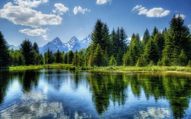 lake_sky_blue_reflection